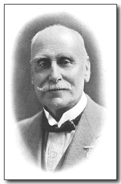 1920-wj1-colonel-hobdey.jpg (18435 bytes)