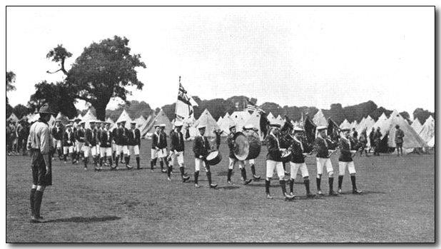 1920-wj1-gibralter-sea-scouts.jpg (49830 bytes)