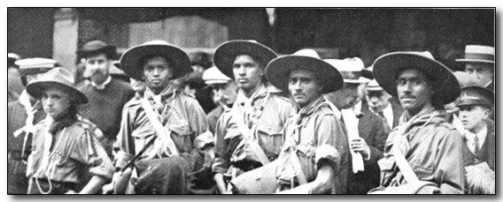 1920-wj1-indian-scouts.jpg (37432 bytes)