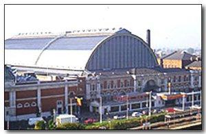 1920-wj1-olympia-grand-hall-today.jpg (16627 bytes)