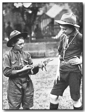 1920-wj1-richmond-mascot.jpg (28133 bytes)