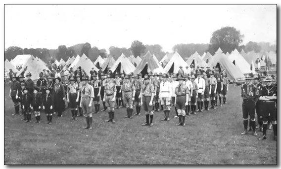 1920-wj1-sa-scouts-in-camp.jpg (42147 bytes)