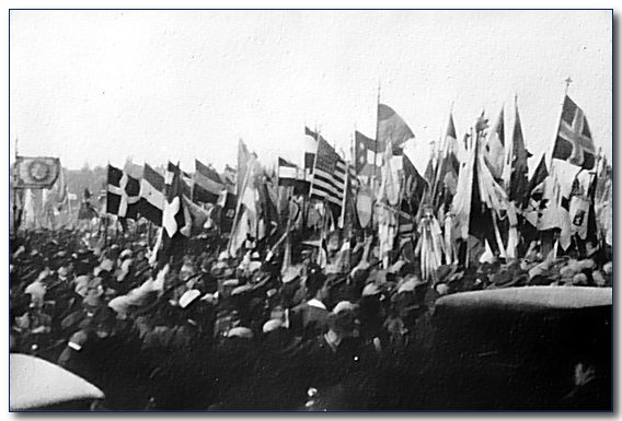 1933-wj4-sjb-grand-rush.jpg (51517 bytes)